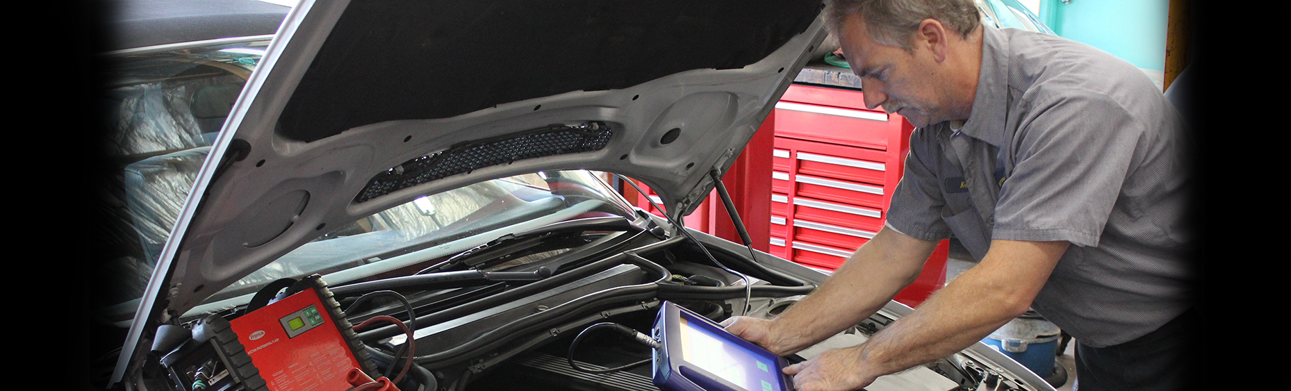 car mechanic diagnostic